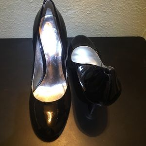 Barely used pumps